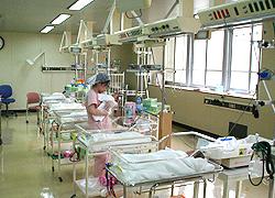 新生児発達管理室写真